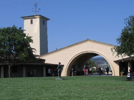 Inside the Robert Mondavi winery courtyard looking back toward the entrance.