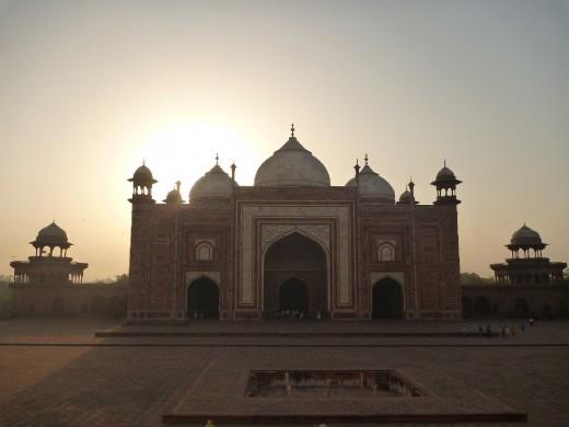 Mosque opposite the Taj Mahal