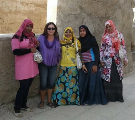Luxor Temple - Luiza and the sisters