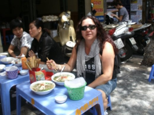 Hanoi street food - Pho Ga