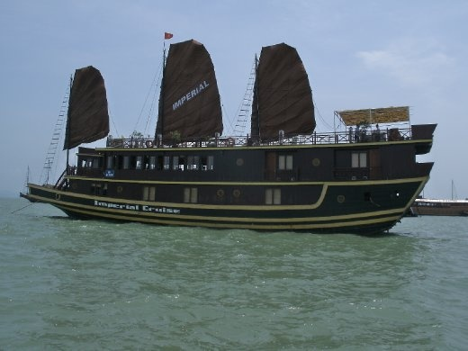 Ha Long Bay - junk
