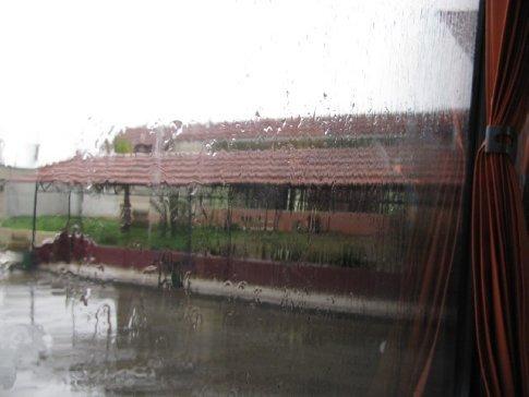 Kadmous bus station in the rain
