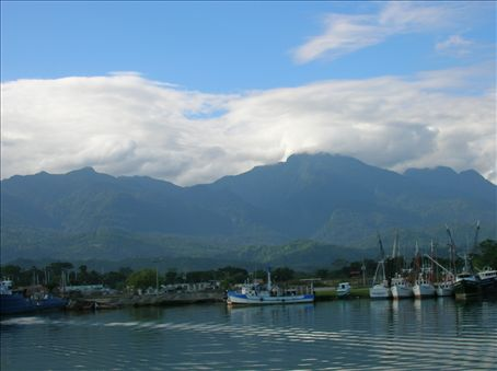 Mainland Honduras from the ferry