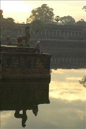 Angkor Wat worker - taking a break: by pepperhead, Views[244]