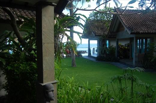 Bayshore villas Candi Dasa