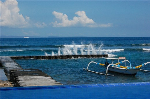 Wave breakwater at front of villa