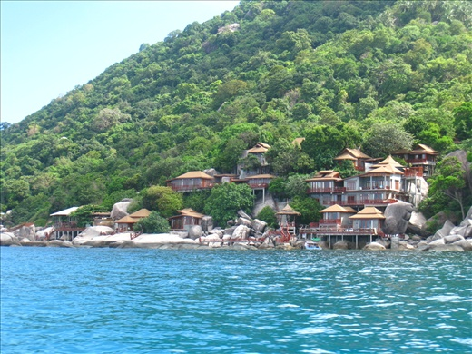 Luxury resorts along coast of Koh Tao, not for me this time, maybe one day!