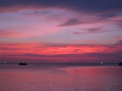 One of my favorite sunset shots of Koh Tao, cloudier than expected but the colors were brilliant.