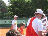 Bryan Brothers signing autographs after winning their first round match, they left only when the players from the next match showed up at the court. Awesome guys!: by pmok, Views[201]
