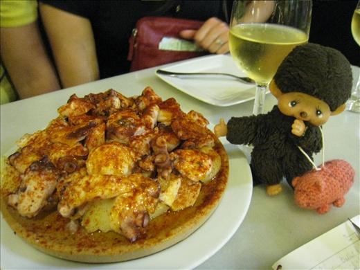Octopus and potatoes tapas