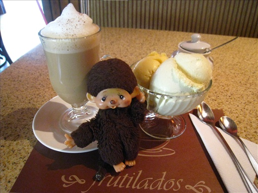 Sightseeing is hard work, need an afternoon pick-me-up!