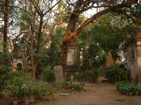 Park Stree Cemetary.. from the East India Company.. British