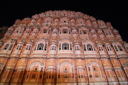 A view of HAWA MAHAL in Jaipur,Rajasthan,INDIA at night.