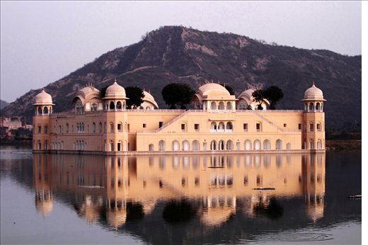 A view of JAL MAHAL in the midst of a lake in Jaipur,Rajasthan,INDIA.