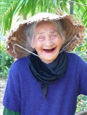 81 year old granny - beautiful, fun and friendly: by pshah13, Views[13090]