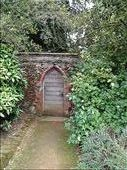 Gateway to the walled garden: by quando, Views[165]