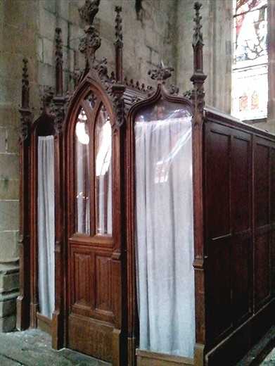 Confessional in Dinan church.  Not being Catholic I've never used one. This one, in fact the entire church, could do with a dust