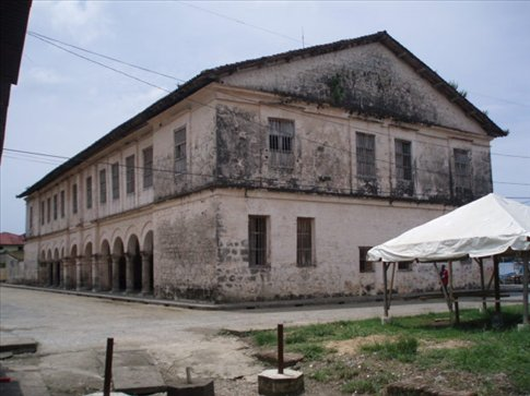 The Counting House, Porobello.  A third of the world´s gold passed through this building in the 16-17th Centuries