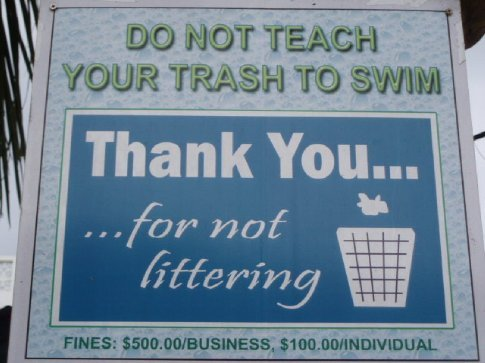 One of the many amusing no-littering signs