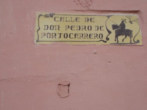 They have very posy street signs in Antigua.  Shame no one knows what any of the streets are supposed to be called.