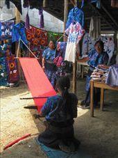 Lady using hand loom, Zincantan.: by rachel_and_daniel, Views[233]