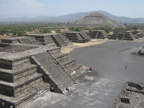 Those crazy Teotihuacanis - they were BIG on temples.