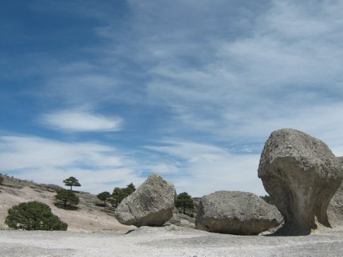More stones and sky, Creel