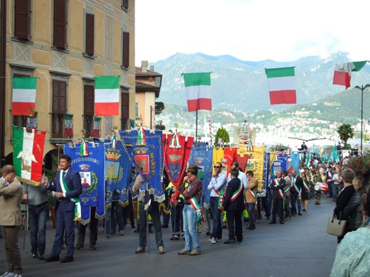 The Gruppo Alpini Festival - not the slickest of parades but lots of fun