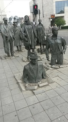 Statues on a street corner in Wroclaw