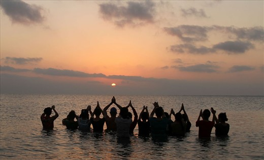 pic 2 Morning Sunrise Dip with Prayer to SUN