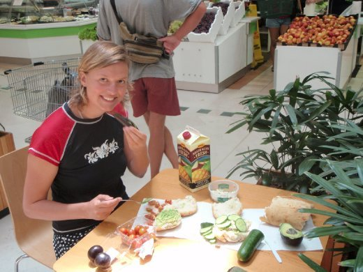 Henrike and I making our lunch at the food court in the mall. It was incredible, even if we washed the produce in the bathroom, were cutting everything with a plastic knife, and using papertowels as plates... So so good. (as an aside, Apple Mango is my new favourite kind of juice ever.)
