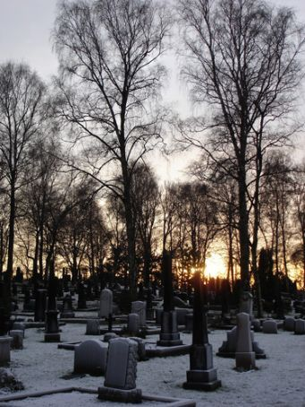 Sunset in the Gamle Aker cemetery