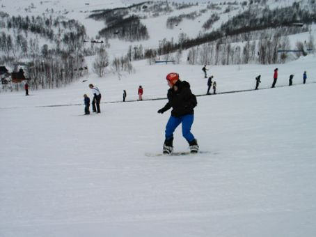On the learners slope, hanging out with the kiddies on my first day snowboarding