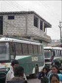 Sorry Leute, ich habe vergeblich versucht das Bild zu drehen, es will nicht. Aber zur erklärung: das ist eines der Schafe auf dem Dach des Busses.: by rayen, Views[283]