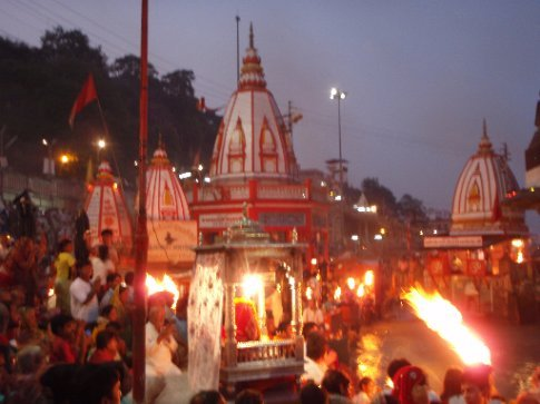 Evening Aarti ceremony in Haridwar