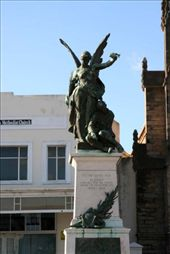 Grahamstown famous statue: by rich, Views[1448]