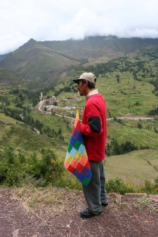 sacred valley tour guide