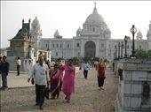 Chloe at the Victoria Memorial in Kolkata: by rickshawalas, Views[264]