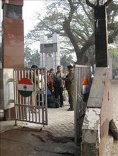 Cisco crossing the Bangladesh-India border - waiting for the next drama to unfold: by rickshawalas, Views[785]