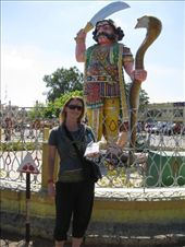 Chloe at the Chamundi Hill temple in Mysore : by rickshawalas, Views[331]