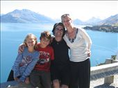 Lake Wakatipu, New Zealand: by rikleaf, Views[126]