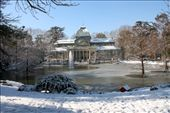 One of my favourite photos : The Glass House in the Retiro Park,  Madrid, Spain with its semi frozen lake...something that is quite rare and that I had never witnessed in all my years living in Madrid (2002-present).  I have many photos of this Glass House but they were always spring/summer or autumn shots as its unusal for Madrid to get such cold temperatures but in 2010, it was the harsh winter that helped me make this picture...After 8 years in Madrid I finally got to make my Madrid winter wonderland photo! : by rivendell, Views[896]