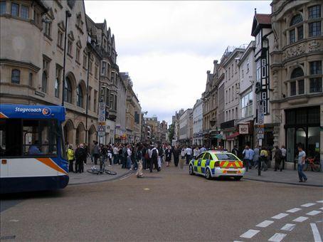 Shopping centre, Oxford