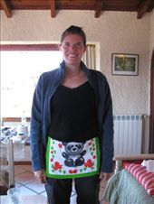 Ingrid ready for painting in her new apron: by royandania, Views[184]
