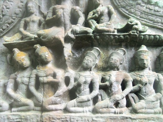 One cannot image all the intricate carvings that cover the temples.