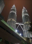 The Petronas Towers lighting up the night: by russc_01, Views[210]