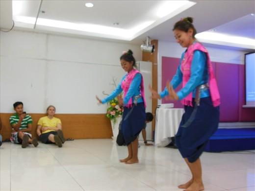 Thai dancing lesson