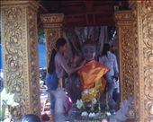 And finally,  some reds were put on the lips of the Buddha statue. : by saigon, Views[203]