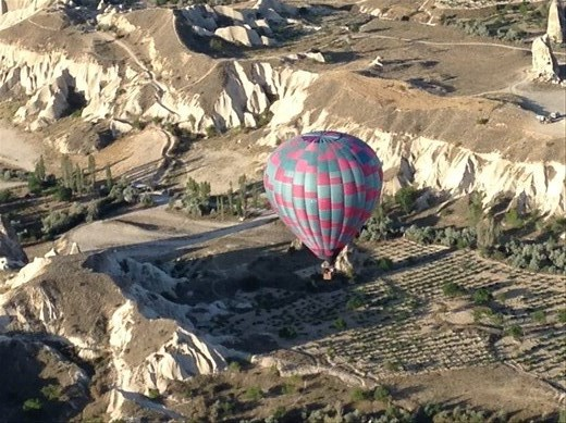 Great view of another balloon down in the valley.