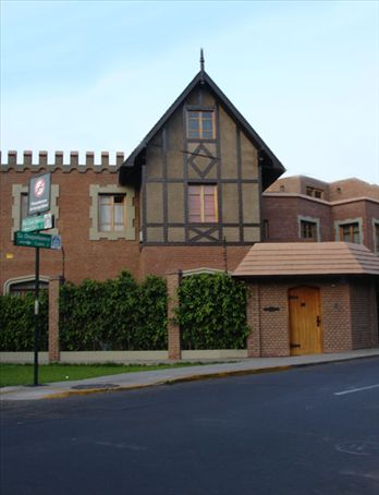 Non traditional peruvian house in San Isidro  - Lima - Peru